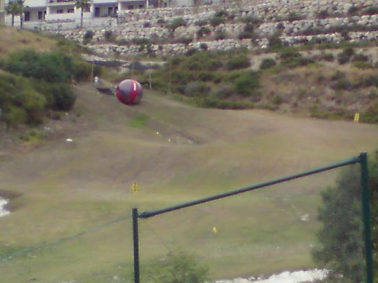 SphereMania Marbella: 200m up at the top of a golf driving range