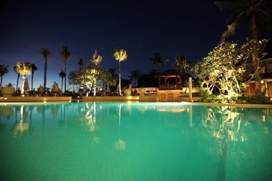 Holiday Inn Resort Baruna Bali: Pool