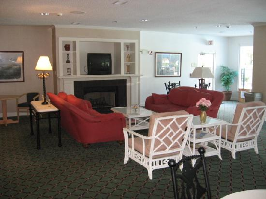 Quality Inn & Suites : Breakfast Room