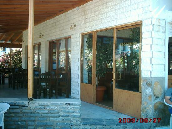 Serdar Hotel: .