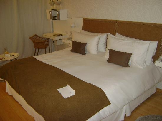 Casa Calma Hotel : confy bed