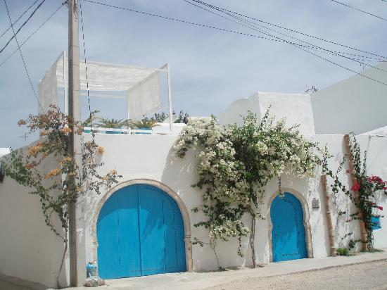 Erriadh, Tunesië: Hidden down a street in the village