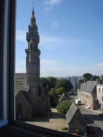 Ibis Roscoff Bord de Mer: Yes, there is a superb view from 'landward' rooms as well!