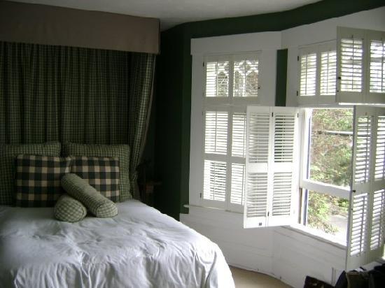 Sea View Inn Carmel room 9