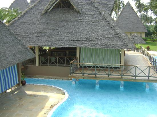 Neptune Pwani Beach Resort & Spa: Main Pool & Madafu Pub