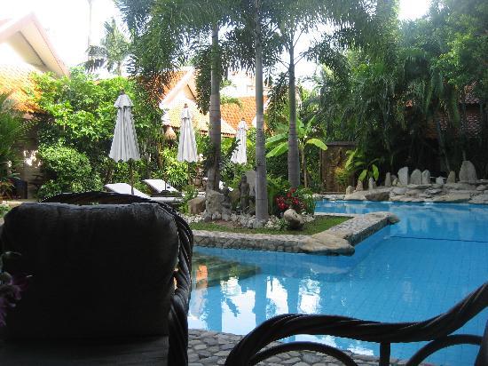 Le Prive Pattaya: Le Prive Pool