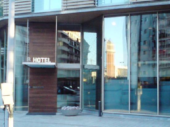 B-Hotel: Frontansicht