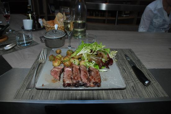 Les Cocottes de Christian Constant: The Beef with baby potatoes and salad, main.