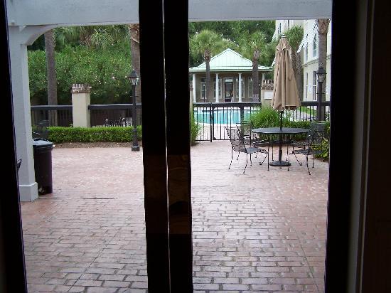 Hampton Inn & Suites Charleston /  West Ashley : Pool