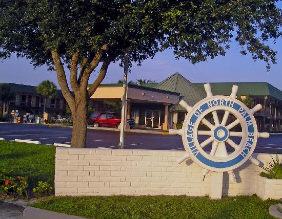 Super 8 North Palm Beach PGA Blvd: Motel from US-1