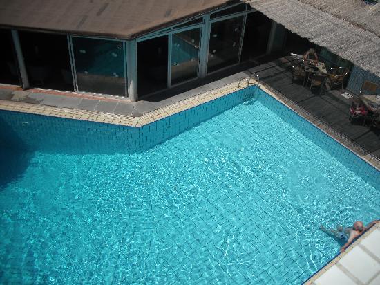 Nereus Hotel: deep pool