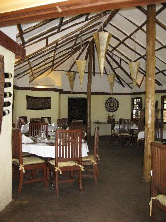 Kigongoni Lodge: dinning area