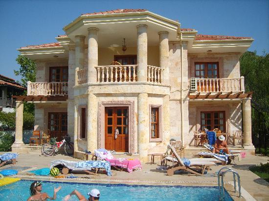 Beautiful villa picture of jumali house dalyan for Beautiful villa design