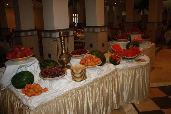 Seabel Alhambra Beach Golf & Spa: le buffet de fruits