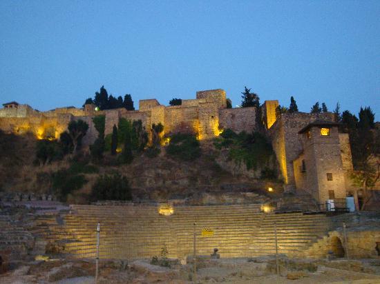 Hotel Carlos V: Alcazaba an Roman Theatre.