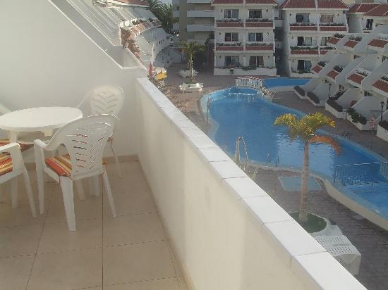 Las Floritas Apartments : Balcony