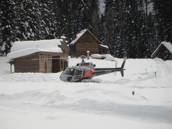 Dunton Hot Springs: Helicopter in DEEP snow