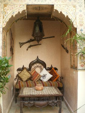 Riad Julia : A 'living room' area