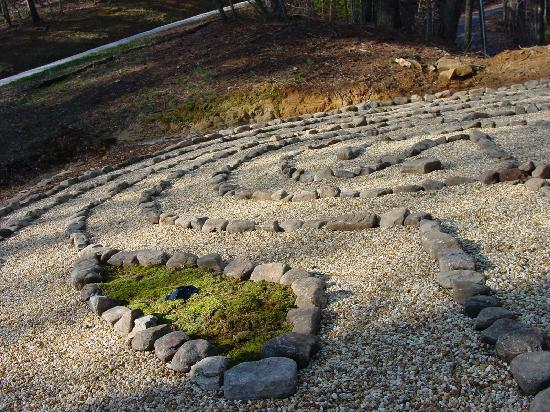 Splendor Mountain Resort: one of the labyrinths