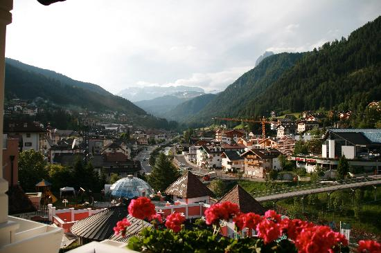 Cavallino Bianco Family Spa Grand Hotel: The View from our Room, Ortisei
