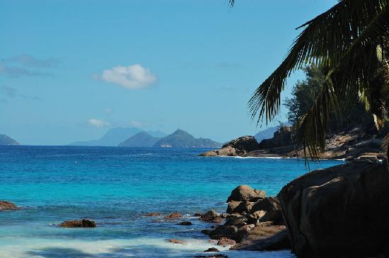 Four Seasons Resort Seychelles: View from northern side of beach!