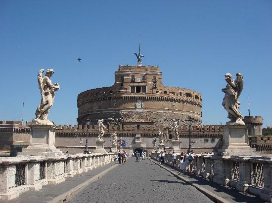 Рим, Италия: castillo san angelo
