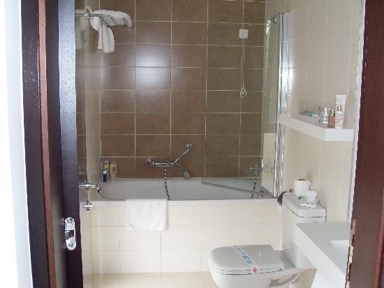 هوتل لاجونا مولينداريو: bathroom