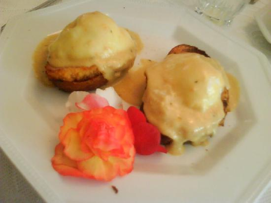 Silken Dreams Bed and Breakfast: our favorite egg benedits