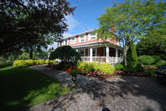 Willow Pond Country Bed and Breakfast: B&B