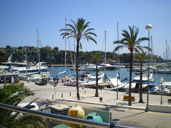 Hotel Levante: Porto Cristo Harbour