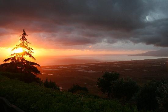 Agriturismo Bardari: Sonnenuntergang beim Abendessen - 1.