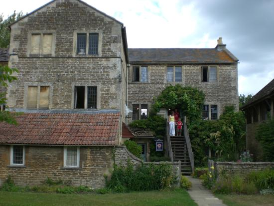 Lacock Pottery Bed & Breakfast