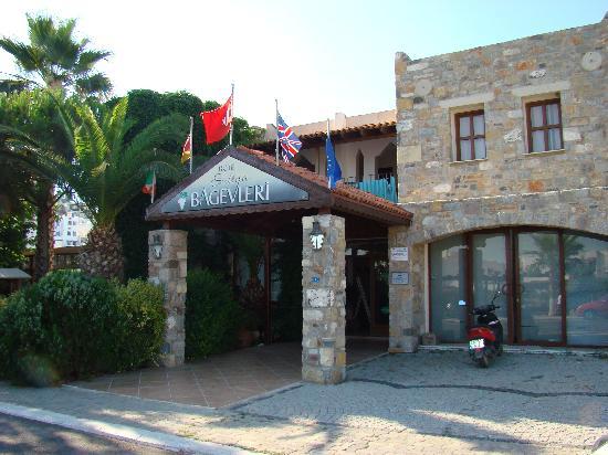 Hotel Bagevleri: Entrance