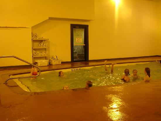 Santa's Lodge: Indoor Pool