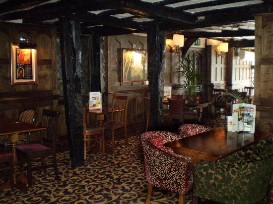 Тьюксбери, UK: Hop Pole dining area