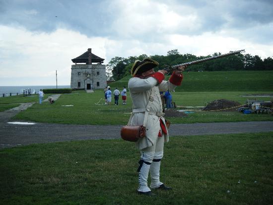 Old Fort Niagara: Musket demonstration