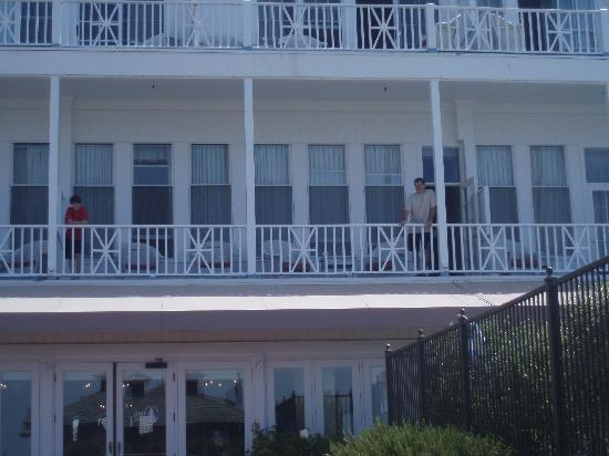 Hotel del Coronado: huge balcony