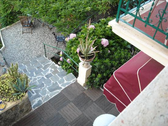Hotel Villa Belvedere: uno scorcio del giardino