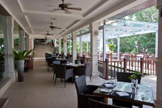 Century Langkawi Beach Resort: Eating al fresco