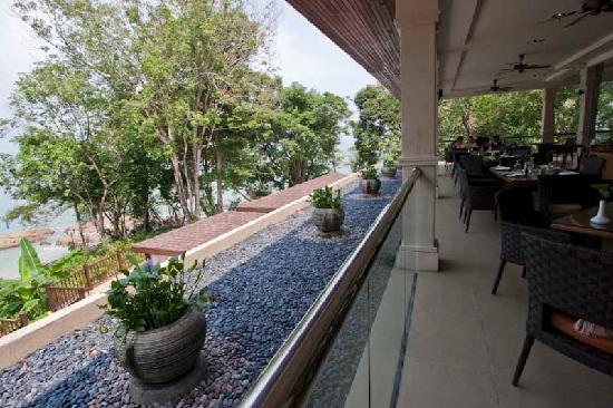 Century Langkawi Beach Resort: modern and fresh surroundings