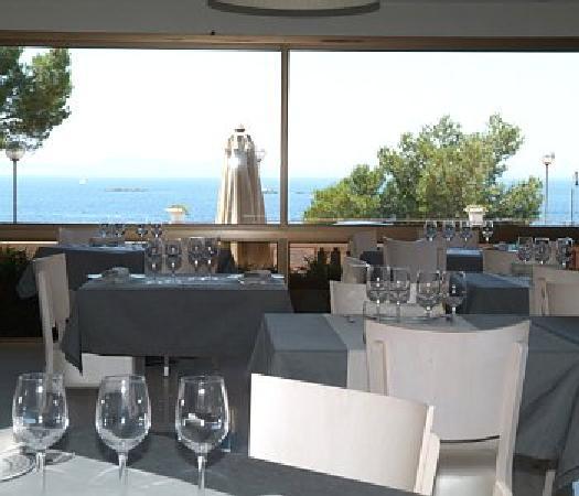 Hotel R Canyelles Platja: Restaurante interior