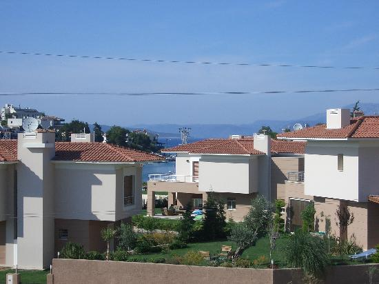 Sisus Hotel: otherside from balcony