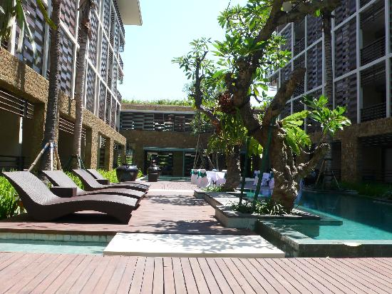 The Haven Seminyak Hotel & Suites: second pool