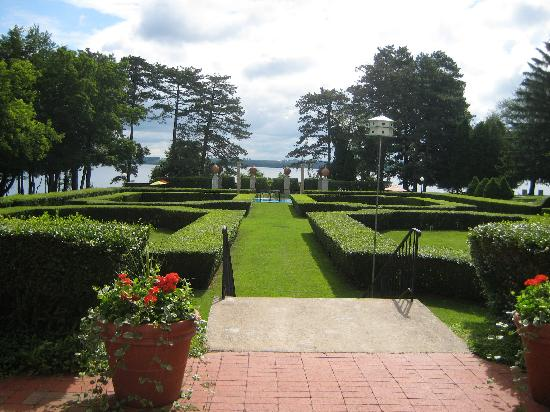 Geneva on the Lake: View of the gardens.