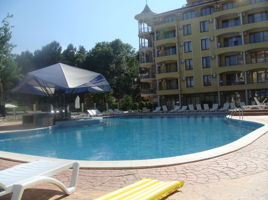 Summer dreams apartments prices lodge reviews sunny - Sunny beach pools ...