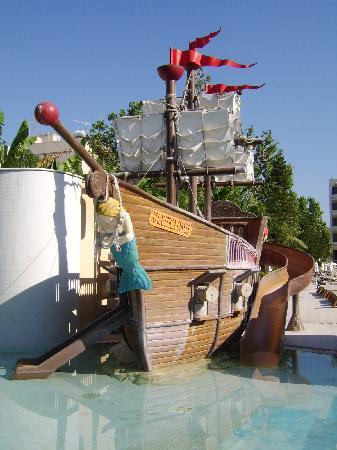 Atlantica Oasis Hotel: kids pool