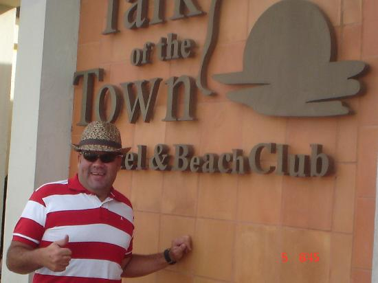 Talk of the Town Hotel & Beach Club: hotel