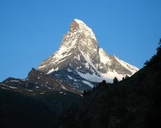 Parkhotel Beau Site : Matterhorn in the morning