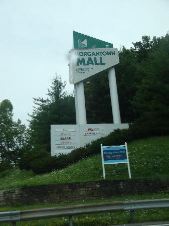 Microtel Inn & Suites by Wyndham Morgantown: Mall Near The Hotel