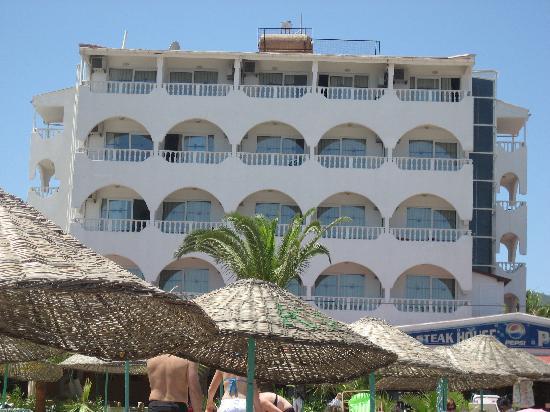 Kontes Beach Hotel: Hotel